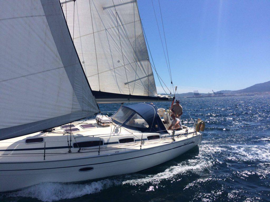 1.-Trafalgar-Sailing